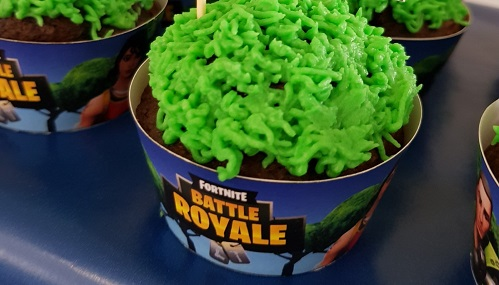 Fortnite Birthday Cake Ideas And Decorations Birthday Buzzin